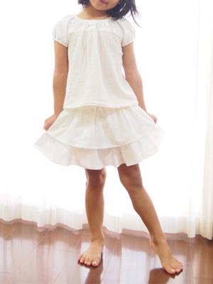 白地白レースパンツインスカート4.jpg